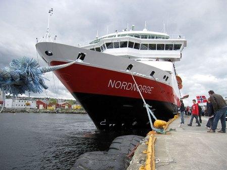 MS Nordnorge til kai i Trondheim, 18. juni 2011